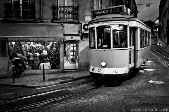 Rue de São Bento, Lisbonne, décembre 2012.