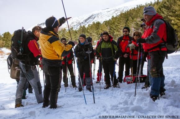 Au cours d'une journée de recyclage des techniques de secours en montagne du Club alpin italien.